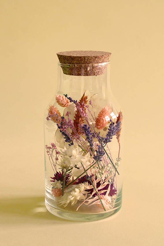 fles droogbloemen pastel